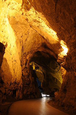 English: La Cuevona, Cuevas del Agua, Asturias...