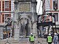 Dépose des éléphants, Chambéry 2014 (nord-ouest) 1.JPG