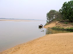 Damodar River in the lower reaches of the Chota Nagpur Plateau; Amulya Pratap Singh in dry season