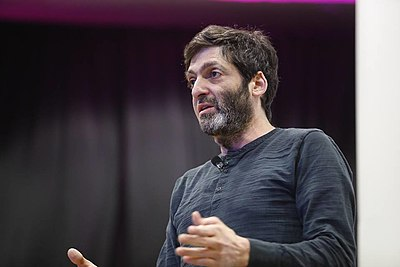 Picture of an author: Dan Ariely