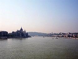 Дунай в Будапеште, мост Маргит.jpg