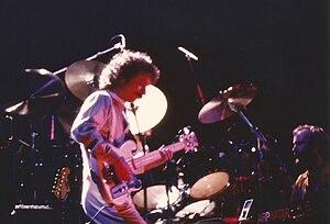 Daryl Stuermer - On stage with Genesis, 1980