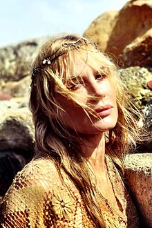 Daryl Hannah - the beautiful, sexy,  actress  with German, Irish, Scottish, English, Norwegian,  roots in 2018