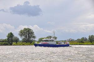 De P93 in de opvaart op de Beneden Merwede (03).JPG