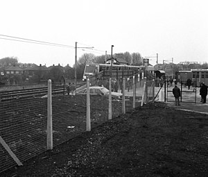 Hyde Road railway station - The temporary Debdale Park station used for Project Light Rail in 1987