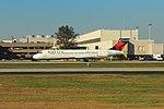 DeltaN919AT-B712-TaxiATL-Oct2015 (31977284603).jpg