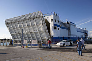 Delta Mariner opens cargo hold at Port Canaveral (2011-6059).jpg