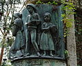 Detail z pomníka Dr. Jána Rumana, cintorín sv. Rozálie Košice, Slovensko.jpg
