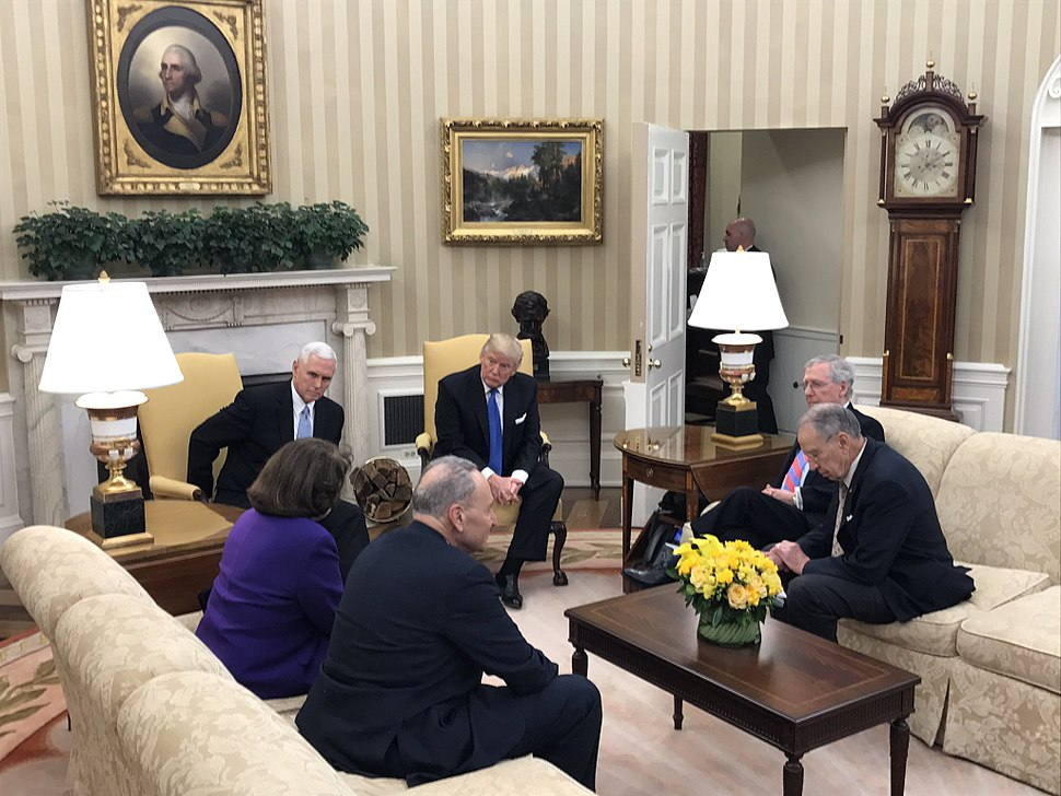 Donald Trump and Mike Pence meeting with members of the Senate leadership in the Oval Office C29nHX5UQAE18J6