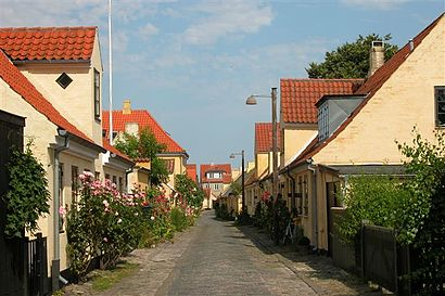 How to get to Dragør with public transit - About the place