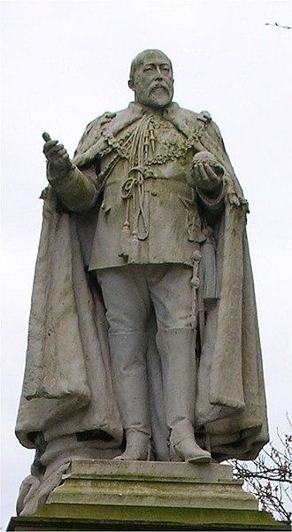 Highgate, Birmingham - Edward VII statue in Highgate Park