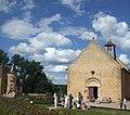 Eglise, château d'Anizy et nuages.jpg