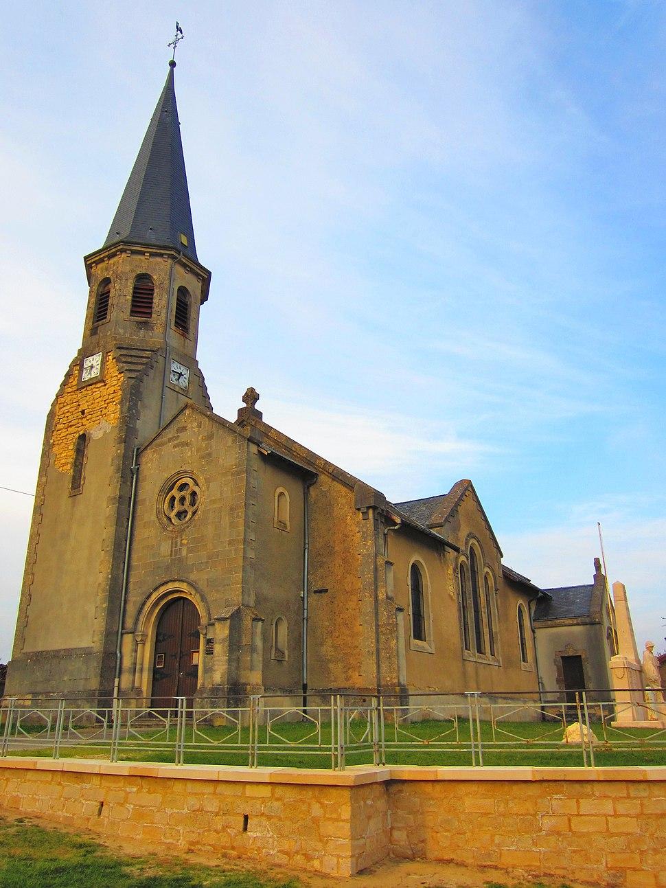 The church in Azannes-et-Soumazannes