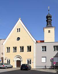 Ehemalige Johanniterkirche St. Leonhard, Regensburg.jpg