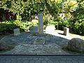 Ehrendenkmal der Radiologen AK St. Georg (1).jpg
