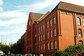 Eichendorffschule Hannover-Linden Hennigestraße 3 Architekt Georg Fröhlich 1906 bis 1908 Blick zum Heizkraftwerk.jpg