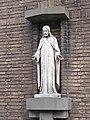 Eindhoven Heilig Hartbeeld Marcel van Eck.jpg
