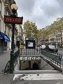 Entrée Station Métro Rue Boulets Paris 4.jpg