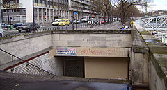 Entrée station Arsenal Paris.jpg