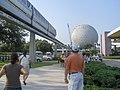 Epcot (walking to the Entrance) - panoramio.jpg