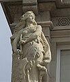 Esculturas da fachada da casa do concello da Coruña.jpg