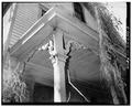 FRONT PORCH DETAIL, LOOKING NORTHWEST - Allen House, 2711 Park Avenue, Cincinnati, Hamilton County, OH HABS OHIO,31-CINT,67-3.tif