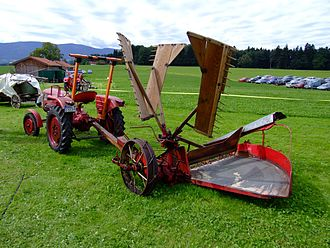 Reaper - Typical 20th century reaper, a tractor-drawn Fahr machine