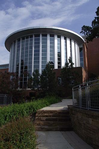 Fayetteville Public Library - Image: Fayetteville Public Library (Arkansas) windows