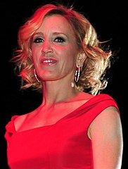 In 2005, Felicity Huffman won for her performance in Desperate Housewives.