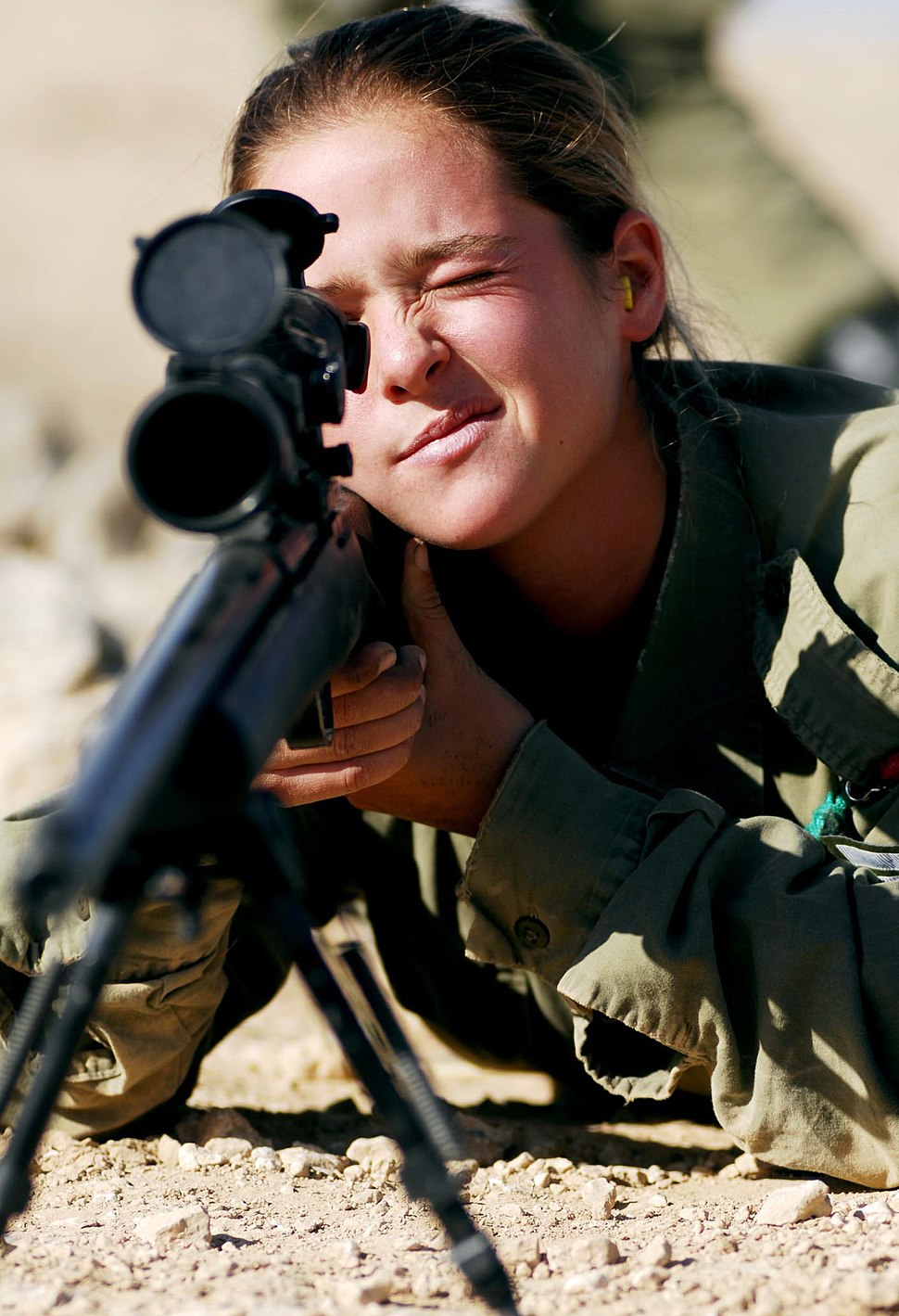 Flickr - Israel Defense Forces - Female Soldier Aiming her Weapon
