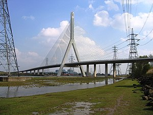 Connah's Quay - Flintshire Bridge, seen from the south bank of the River Dee (2007)