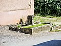 Fontaine-abreuvoir, rue du Mont. Courchaton.jpg