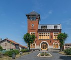 Former town hall of Blaye-les-Mines 02.jpg