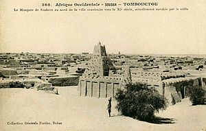 Sankore Madrasah - Postcard published by Edmond Fortier showing the mosque in 1905-06