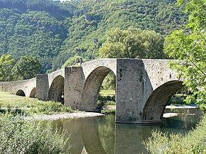 Quézac, Lozère - Bridge over the Tarn River in Quézac
