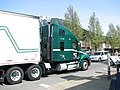 Freightliner truck in North Bend, WA (2008-04-26), 02.jpg