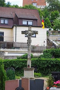 Friedhofskreuz Mainberg.jpg