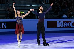 Gabriella Papadakis and Guillaume Cizeron at Europeans 2016.jpg