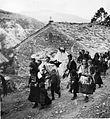 Galička svadba, nevestata doaga na konj, 1930-ti.jpg