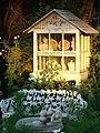 Garden Curios In Sun, Redlands, CA 2006 (6323210153).jpg