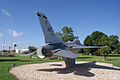 General Dynamics F-16A Fighting Falcon 81-0721 Block 15 RRear MacDill Air Park 24July2010 (14444003569).jpg