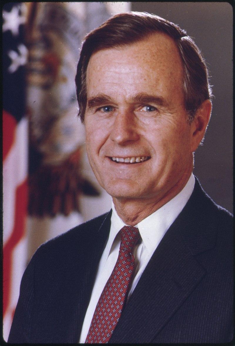George Bush - NARA - 558524.jpg