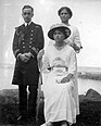 George Mountbatten with Olga and Maria Nikolaevna at Peterhof.jpg