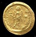 Gold Solidus of Justinian I (527–65) MET tem99357406r.jpg