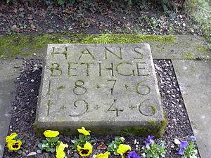 Hans Bethge (poet) - Grave marker of Hans Bethge in Kirchheim unter Teck