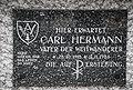 Grabtafel Carl Hermann.jpg