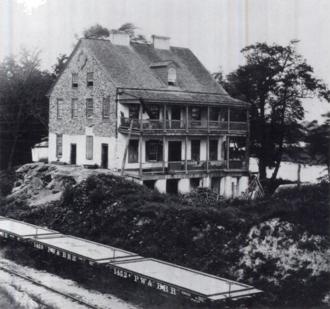 Philadelphia, Wilmington and Baltimore Railroad - Image: Grays Ferry Inn PW&B flatcars 1870s