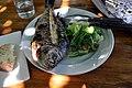 Grillet fisk med salat og brød (5782491862).jpg