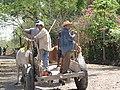 Habitantes de Tepeagua en su carreta de bueyes. - panoramio.jpg