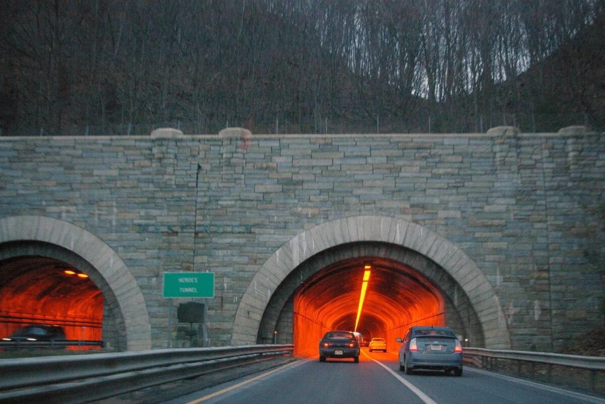 Heroes Tunnel - Wikipedia